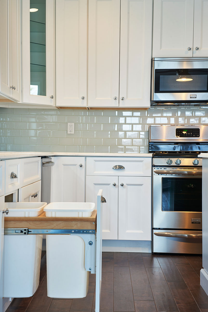 Kitchen Cabinets - Countertops | USA Kitchens and Flooring