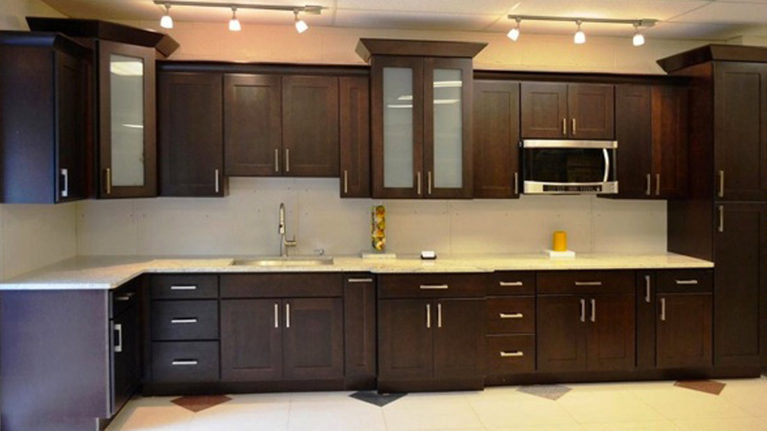 Kitchen cabinets countertops usa kitchens and flooring for Kitchen cabinets usa